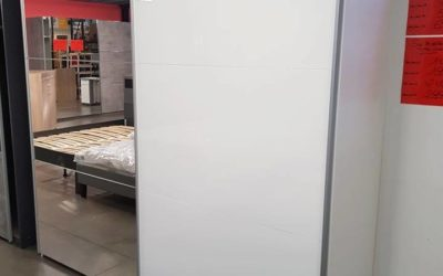 Garde robe laquée blanc 2 portes  coulissantes  399€