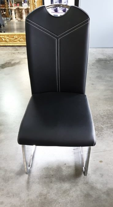 Chaise **ST 220**